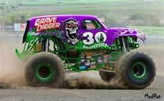 Newer Grave Digger 30 yrs