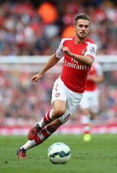 Aaron Ramsey Photos: Arsenal v Crystal Palace