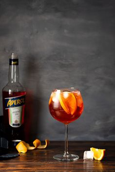 The refreshing taste of Aperol spritz makes it a popular summer cocktail. Learn how to make it in 3 different ways and the secret for extra flavor. Refreshing Cocktails, Summer Cocktails, Yummy Drinks, Aperol Spritz Recipe, Prosecco Sparkling Wine, Italian Cocktails, Good Vibe, Mediterranean Recipes, Mediterranean Style