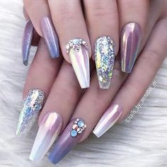 """1,658 Likes, 4 Comments - NAIL INSPO (@theglitternail) on Instagram: """"✨ : Picture and Nail Design by •• @nails_by_annabel_m •• Follow @nails_by_annabel_m for more…"""""""