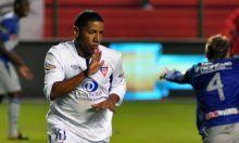 Liga de Quito venció por 1-0 al Emelec y se apoderó del liderato, al término hoy de la decimotercera jornada de la segunda etapa del campeonato ecuatoriano de fútbol...