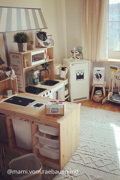 Gestalte jetzt deine Spielwelt aus IKEA Möbeln Ikea Hacks, Playroom Table, Creative