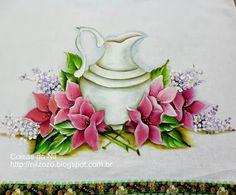 pintura em tecido jarra com flores hibisco