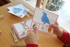 Help your child learn to hear letter sounds with these free clip cards! Get two cards for every letter, PLUS cards for words that start with sh, ch, and th. Letter Sound Activities, Phonics Activities, Phonemic Awareness Activities, Phonological Awareness, Sound Clips, Busy Boxes, Teaching Letters, Early Literacy, Letter Sounds