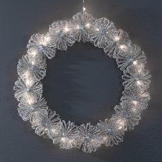 Christmas Crafts, Xmas, Crochet Christmas, Door Wreaths, Holidays And Events, Handicraft, Diy And Crafts, Diamond, Jewelry