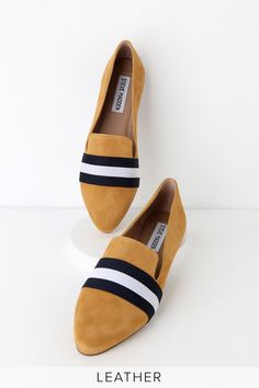 When it comes to casual style, the Steve Madden Nema Mustard Suede Leather Striped Loafers are the best in the biz! Soft suede loafers with trendy stripes. Pointed Toe Loafers, Suede Loafers, Best Running Shoes, Lace Up Flats, Cute Boots, Womens Flats, Suede Leather, Fashion Shoes, Work Fashion