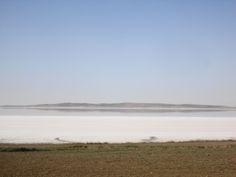 Lago de sal - Fotografia: Paulo Portugal Pamukkale, Ankara, Capadocia, Portugal, Beach, Water, Outdoor, Lakes, Blue Mosque