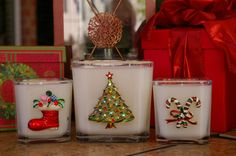 Christmas embellishments in Awesome Christmas scents.... A great decorating accessory for Christmas and a wonderful gift!