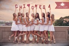 Chi Omega Sorority at the University of Iowa. Image by Chi Omega alumna and photographer @Katherine Mendieta Photography  #chiomega #chio #sorority