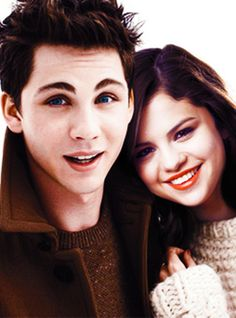 selena-gomez-and-logan-lerman-5.png (371×500)