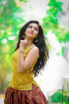Dehati Girl Photo, Girl Photo Poses, Girl Photography Poses, Happy Photography, Beautiful Girl Photo, Beautiful Girl Indian, Most Beautiful Indian Actress, The Most Beautiful Girl, Beautiful Bollywood Actress