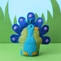 peacock finger felt puppet kid toy fun play room gift activity show animal toddler