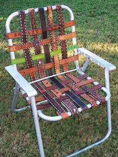 Een stoel van riemen