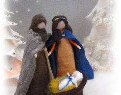 Artículos similares a Needle Felted- ESSENTIAL Nativity set- Holy family- Blue Holy family-Mary and Joseph-Wise men-Waldorf- Ornament- Baby Jesus-Christmas en Etsy Christmas Jesus, Felt Christmas, Christmas Crafts, Needle Felted, Wet Felting, 3d Figures, Baby Ornaments, Wool Art, Holy Family