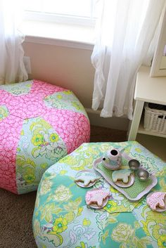 DIY cushies for the playroom.
