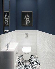 Diy bathroom ideas 607986018429474028 - Top 60 Best Half Bath Ideas – Unique Bathroom Designs Source by White Bathroom Tiles, Bathroom Colors, Modern Bathroom, Bathroom Small, Bathroom Mirrors, Navy Bathroom, Bathroom Toilets, Blue Bathrooms, Bathroom Bin