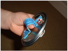 Make your own castanets! How cute and look very easy. Glue and some material or very thick rubberbands I am thinking. More fun noise for around the campfire! Instrument Craft, Musical Instruments, Middle School Art, High School, Landscape Quilts, Collaborative Art, Art Lessons Elementary, Music Class, Elements Of Art