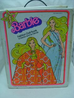 Vtg-Barbie-Superstar-70s-Double-Doll-Case-Trunk-4-Clothes-Accessories-1976-TLC