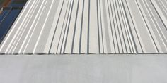Modellierputz Mineral 1.2 mm Stabstruktur / Objekt La Tour-de-Peilz - Fassadensysteme, Wärmedämmsysteme, hinterlüftete Fassade, Natursteinfassade