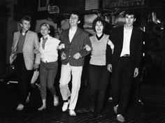 17 Vintage Pictures Of Dapper British Teddy Boys And Girls