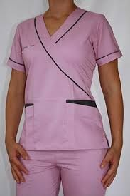 Resultado de imagen para uniforme de medico Spa Uniform, Scrubs Uniform, Healthcare Uniforms, Medical Uniforms, Lab Coats, Medical Scrubs, Nursing Tops, Professional Outfits, Maternity Dresses