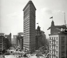 New York circa 1905. Flatiron Building, Broadway and Fifth Avenue