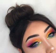 43 Hottest Eye Makeup Looks For Day And Evening – eye make up, eye shadow Glitter Carnaval, Make Carnaval, Cute Makeup, Simple Makeup, Makeup Looks, Gorgeous Makeup, Amazing Makeup, Easy Makeup, Natural Lipstick