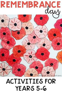 Check out these Veterans Day activities to teach kids about the significance of this day. Teach them to commemorate with poppy crafts and other learning & reflective printables and worksheets {Grade Grade fifth grade, sixth grade, homeschool} Remembrance Day Activities, Veterans Day Activities, Veterans Day Poppy, Poppy Craft, Anzac Day, School Resources, Creative Thinking, Teaching Kids, Special Day