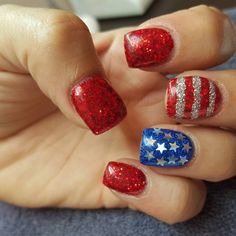 patrioticnails.quenalbertini: 4th of July Nail Art by sisom88
