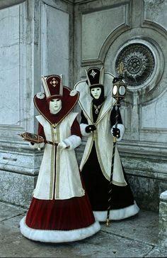 Carnival of Venice - Carnevale Venetian Costumes, Venice Carnival Costumes, Mardi Gras Carnival, Venetian Carnival Masks, Mardi Gras Costumes, Carnival Of Venice, Venetian Masquerade, Masquerade Ball, Venice Carnivale