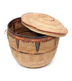 Africa | Lidded basket from the Hausa people of the Jos region of Nigeria | 20th century