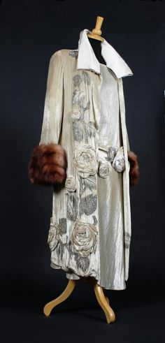 Molyneux silk and fur dress and evening coat, 1920s