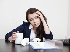 Allergy Symptoms Hijacking Your Workday? 10 Things to Try | Reader's Digest