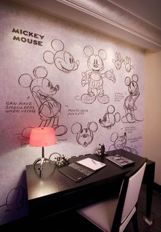 Who wouldn't want this in their office? This is from the Mickey Mouse Penthouse at the Disneyland Hotel. Click for more photos of the suite