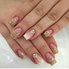 54 Ideas nails design gold ongles for 2019 Blue Matte Nails, Gold Acrylic Nails, Rose Gold Nails, Fancy Nails, Pretty Nails, Simple Nail Art Designs, Nail Designs, Nail Manicure, Gel Nails