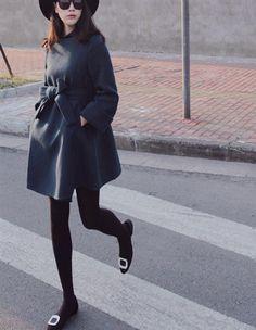 Scoop Bowknot Long Sleeves Slim Casual Woolen Coat