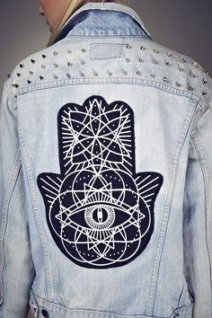 Studded Denim Jacket - http://ninjacosmico.com/9-fashion-tips-pastel-grunge/