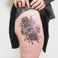 Australian natives tattoo done by Emily Ann ATLNTS Studios Sydney Australia. Floral Thigh Tattoos, Leg Tattoos, Flower Tattoos, Sleeve Tattoos, Tattoo Floral, White Tattoos, Tatoos, Cover Up Tattoos, Mini Tattoos