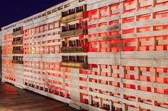 #decoración #arquitectura #terraza #restaurante #exteriores #vintage #palet Rooftop Bar, Multi Story Building, Photo Wall, Frame, Home Decor, Terrace, Architects, Restaurants, Houses