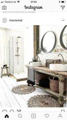 Rachel styliste bathroom Vintage wood and white black colors Rachel styliste badkamer Vintage hout en witte zwarte kleuren Diy Bathroom Decor, Bathroom Interior, Interior Design Living Room, Small Bathroom, Bathroom Black, Basement Bathroom, Bathroom Ideas, Shower Ideas, Rustic Powder Room