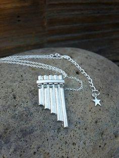 Peter Pan Flute collier pendentif de flûte de par FishesGiveKisses