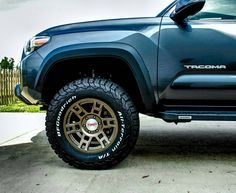 I have a 1998 (came stock with alloys) that I am currently running FJ Cruiser alloys (no. Toyota V6, Toyota Lift, Toyota Tacoma 4x4, Toyota 4runner Trd, Tacoma Truck, Toyota Trucks, Lifted Ford Trucks, Tacoma Wheels, Cars