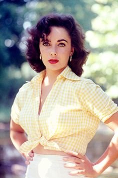 Elizabeth Taylor photographed by Bob Willoughby, 1956.