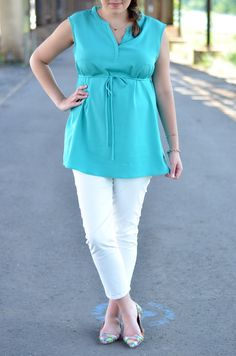 Turquoise & White: work / office style #maternity #pregnancy #fashion