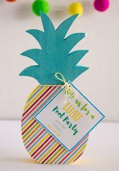 DIY Pineapple Luau Pool Party Invites