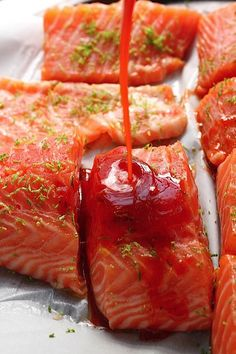 Sweet and Spicy Sriracha Baked Salmon: serving this tonight with coconut cilantro forbidden rice (wish I had mangos) and green beans in a light garlic miso dressing