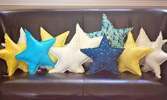 sew: star pillows || Buzzmills