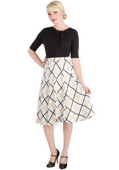 Porch Elegance Skirt