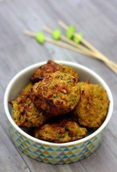 Boulettes de courgette à l'oignon, curry et flocons d'avoine