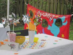 Circus theme table decor